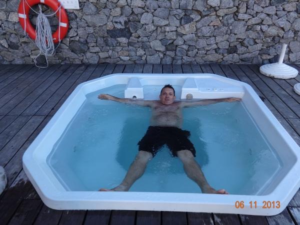 fim de tarde, relaxamento na Jacuzzi