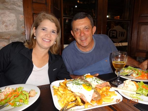 pra fechar, o prato tipico uruguaio: Chivito