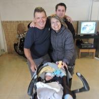 C om a vovozinha Luzia com o neto e o genrro!!